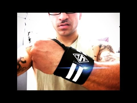 Pump Chasers Wrist Wrap Review / Dumbell Press