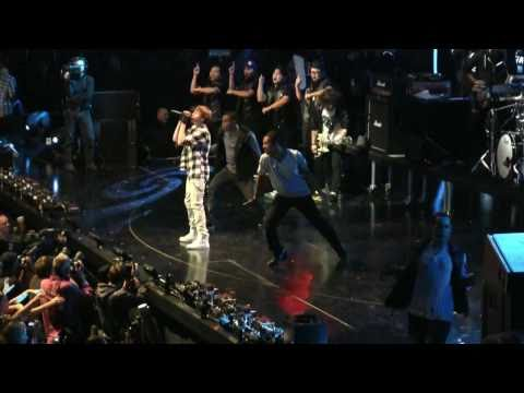 "Justin Bieber @ the NYC Jingle Ball- ""Baby"" (HD) Live on December 10th, 2010"