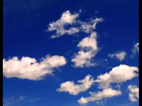 le nuvole la rondine e l'aereo di angelo perez