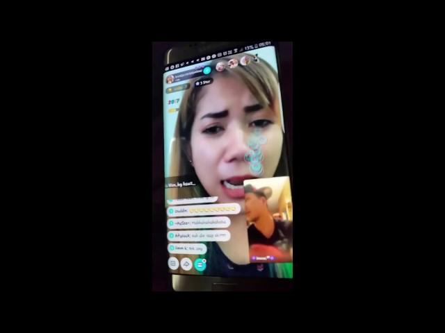 Viral sambungan kedua pasangan kekasih bergaduh secara Live ditonton beribu orang