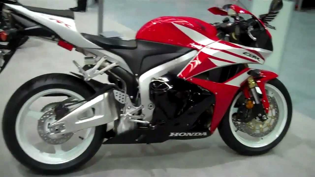 New 2012 Honda Cbr600 With Retro 1991 Paint Scheme Youtube