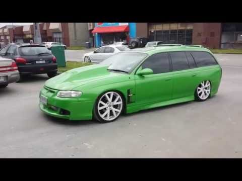 holden vt wagon custom bonnet scoop guards gts wheels sunroof lowered air bags sexy machine