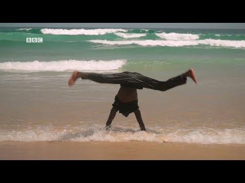 Battle de breakdance au Sénégal l BBC Sport Afrique - 8 octobre 2019