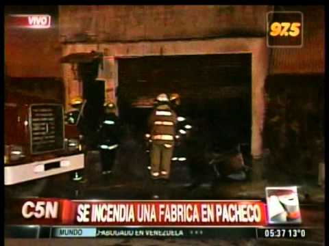 C5N - SOCIEDAD: INCENDIO EN UNA FABRICA DE PACHECO (PARTE 2)