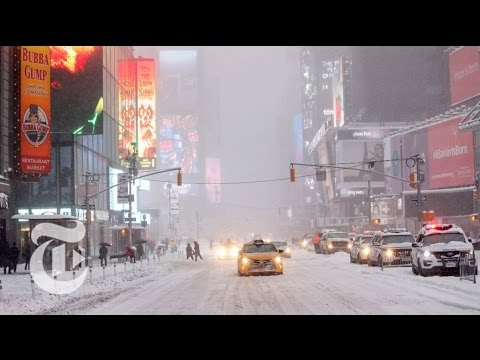 Snow Struggles in New York City | The New York Times