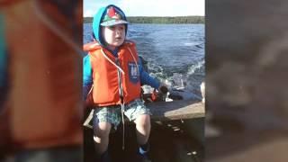 Лучшее видео МАЛЫШ УПРАВЛЯЕТ ЛОДКОЙ(Ребёнку 3 года сам управляет моторной лодкой , обучился за 10минут . Подписывайтесь на мой канал , ставьте..., 2016-07-22T10:04:47.000Z)