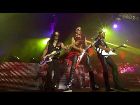 Scorpions - Tease me Please me  (Live Get Your Sting & Blackout)