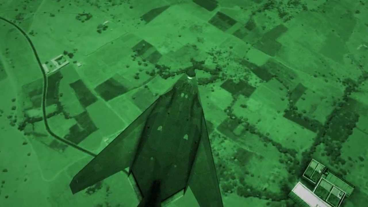 F 117 Nighthawk At Night Lockheed F-117 Nightha...