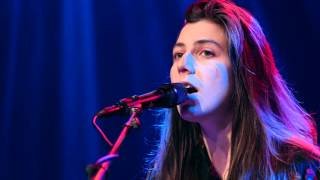 Julia Holter - Feel You (Live on KEXP)