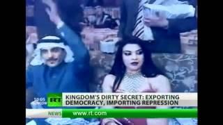 Женщины в Саудовской Аравии(Госсекретарь США Хиллари Клинтон на этой неделе посещает Саудовскую Аравию с целью обсудить с королем..., 2012-03-30T19:26:35.000Z)