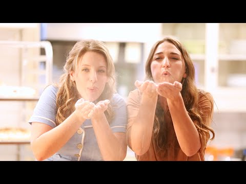 WAITRESS Photo Shoot With Sara Bareilles, Jessie Mueller & Drew Gehling
