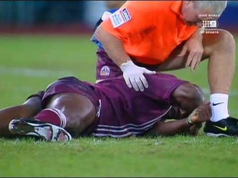 Lockyer KO's Wendell Sailor & Darren Smith KO's Mat Rogers! Origin 2000