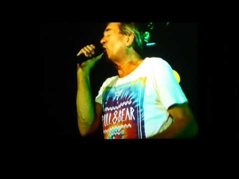 deep purple-smoke on the water (live at dresden)