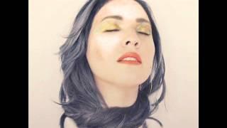 Repeat youtube video Carla Morrison - Todo Pasa (Amor Supremo)