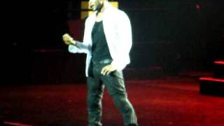 Usher Concert in Auckland April 2011 -