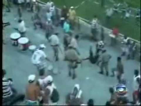 Violencia da polícia contra torcedores em Madre de Deus - Bahia