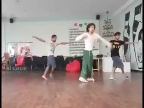 Tiger shroff latest  dance video at home