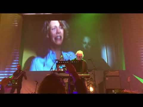 Halloween Theme - John Carpenter Live Tour