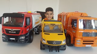 Bruder Scania Garbage Truck unboxing Dlan Playing Recycling