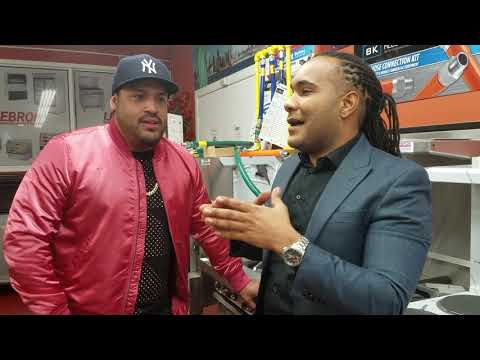 El Toro One Way / Entrevista  con Lenny Santos
