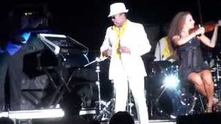 "172 Charlie Wilson Live ""There Goes My Baby"""