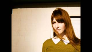 La Sera - How Far We