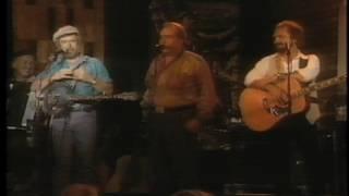 Download lagu Drunken Sailor - Irish Rovers