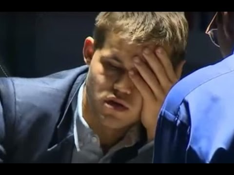 Magnus Carlsen having a hard time losing the 3rd game against Anand - World Chess Championship 2014