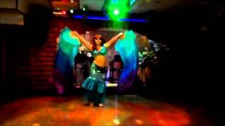 bellydance with fan veils / танец живота с веерами-вейлами