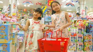 Funny Kids Shopping at the Supermarket and Play Area Indoor Playground for children LaLa Kids TV
