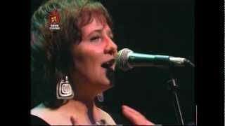 Laura Canoura - Algo está cambiando