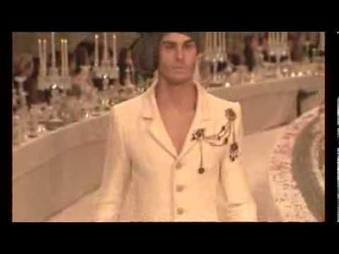Channel Fashion Show Paris - Bombay 2011
