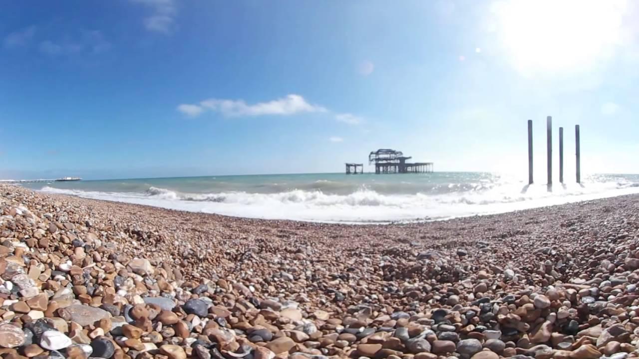 Samung Gear 360 4K 360° Video - BRIGHTON BEACH - YouTube