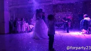 Конфетти машина на свадьбу в Краснодаре(, 2017-04-13T16:03:12.000Z)