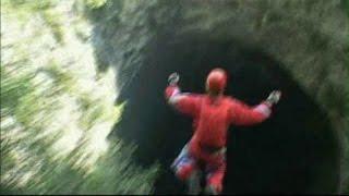 سفری به اعماق 6.5 کیلومتری درون هسته زمین (همه فیلم)