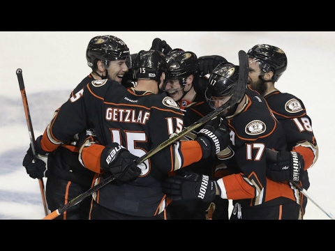 Ducks take 2-0 series lead over Flames thanks to Getzlaf's late heroics