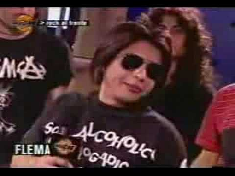 Entrevista a Ricky Espinosa (cantante de FLEMA)