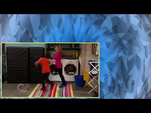 Download Good Luck Charlie S02E12 The Break Up