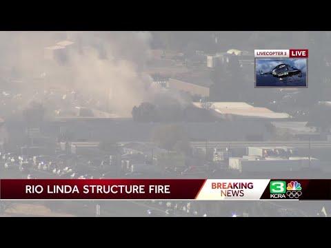 Crews battle structure fire in Rio Linda