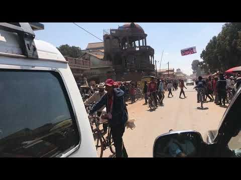 Autofahrt von Antsirabe nach Morondava