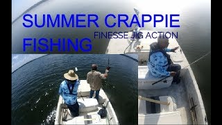SUMMER CRAPPIE FISHING (FINESSE JIG ACTION)