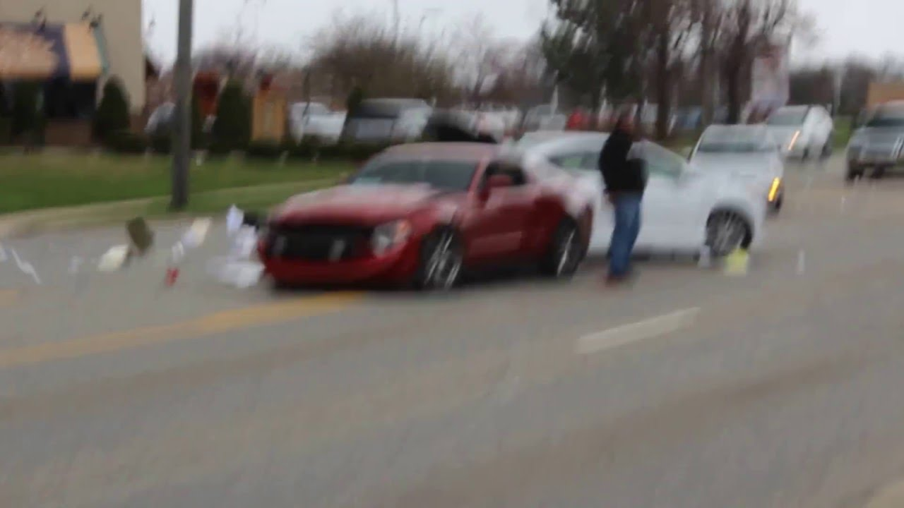 Mustang Crashes leaving Cars and Coffee Chicago - YouTube