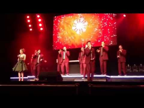 Text Me Merry Christmas - Straight No Chaser w/Laura Osnes @ Beacon