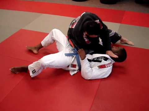 Instrucitonal Video: Scissor Takedown with Choke
