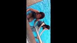Repeat youtube video คลิปหลุด!!!!ที่่่สระว่ายน้ำ