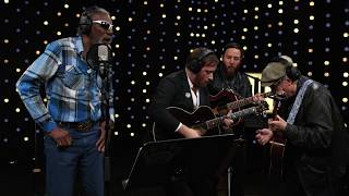 Dan Auerbach & The Easy Eye Sound Revue feat. Robert Finley - Medicine Woman (Live on KEXP)