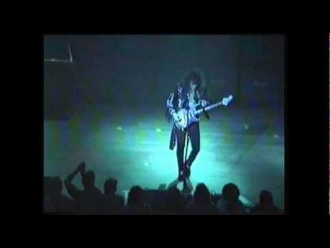 "Yngwie Malmsteen live 1990 ""Crystal ball"" ▶5:44"