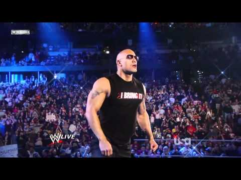 The Rock returns to WWE Raw,  Regreso de la roca a RAW 2011