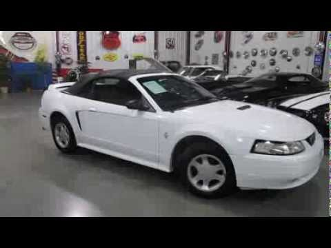 sold 2000 mustang convertible v6 5 speed leather for sale passing lane motors classic. Black Bedroom Furniture Sets. Home Design Ideas