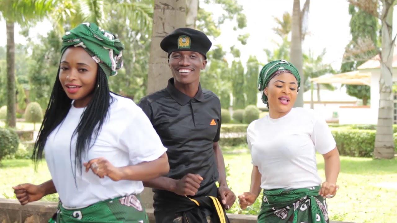 Download SOJA MAZAN FAMA -Official Video - Maj. Gen. Bulama biu (Ahmad shanawa)